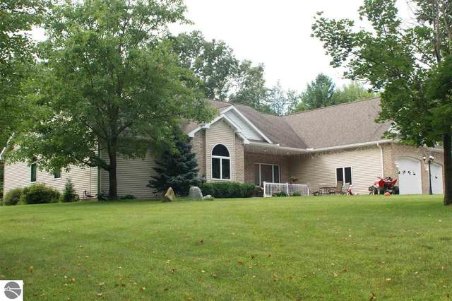 1717 Laidlaw Road, Tawas City, MI 48763 (MLS #1887161) :: Boerma Realty, LLC