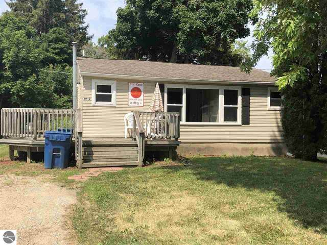 1012 S Lansing Street, Mt Pleasant, MI 48858 (MLS #1887208) :: Boerma Realty, LLC