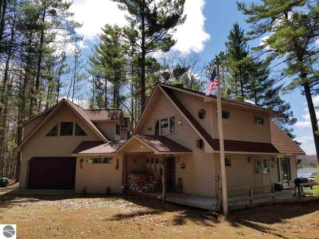 6521 E Bass Lake Road, Ne, Kalkaska, MI 49646 (MLS #1887241) :: Michigan LifeStyle Homes Group