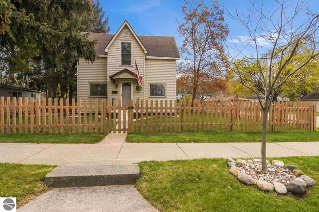 229 W Sixteenth, Traverse City, MI 49684 (MLS #1887247) :: Boerma Realty, LLC