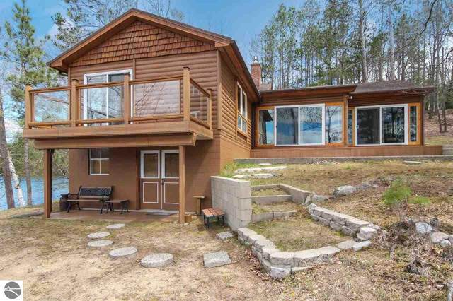 1398 E Arbutus Lake Road, Traverse City, MI 49696 (MLS #1887248) :: Boerma Realty, LLC