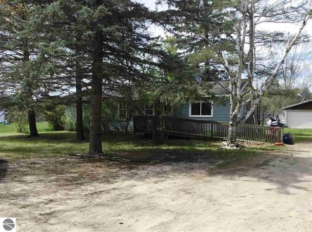 8943 Rapid City Road Nw, Rapid City, MI 49676 (MLS #1887265) :: Michigan LifeStyle Homes Group