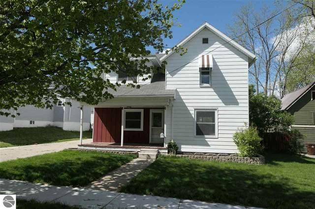 415 E Newark Street, Ithaca, MI 48847 (MLS #1887305) :: Boerma Realty, LLC
