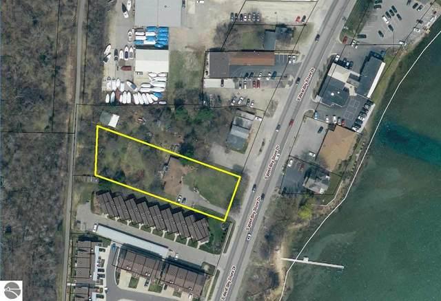 13746 S West Bay Shore, Traverse City, MI 49684 (MLS #1887320) :: Boerma Realty, LLC