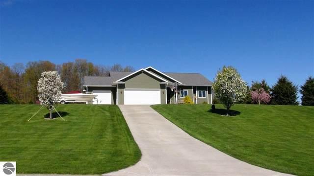 7414 E Meadows Drive, Cedar, MI 49621 (MLS #1887414) :: CENTURY 21 Northland