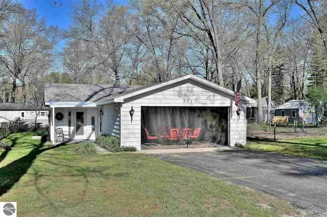111 Cottage Drive, Prudenville, MI 48651 (MLS #1887444) :: Brick & Corbett
