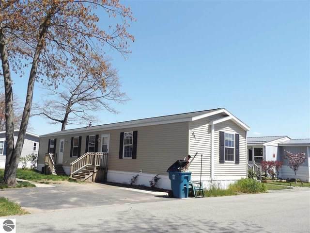 841 Shady Lane, Traverse City, MI 49686 (MLS #1887457) :: Boerma Realty, LLC