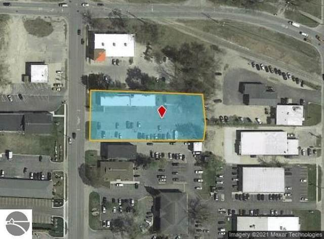 707 S Garfield Avenue, Traverse City, MI 49686 (MLS #1887816) :: Boerma Realty, LLC