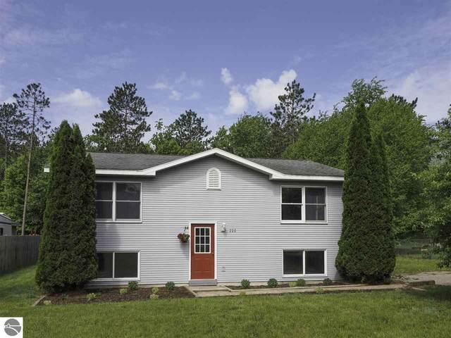 220 Cayo Drive, Buckley, MI 49620 (MLS #1887867) :: Boerma Realty, LLC