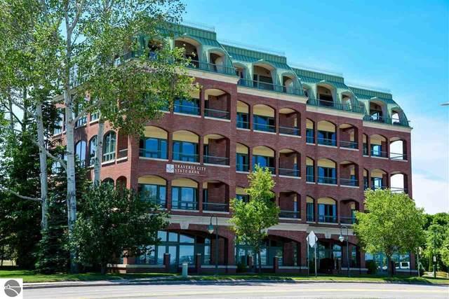 333 W Grandview Parkway #502, Traverse City, MI 49684 (MLS #1887897) :: Brick & Corbett
