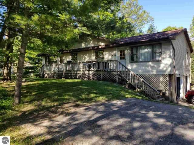 4381 & 4379 Eagle Crest Drive, Williamsburg, MI 49690 (MLS #1888110) :: Boerma Realty, LLC