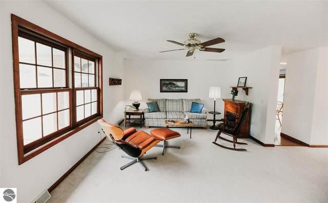 300 W Nagonaba Street, Northport, MI 49670 (MLS #1888310) :: Brick & Corbett
