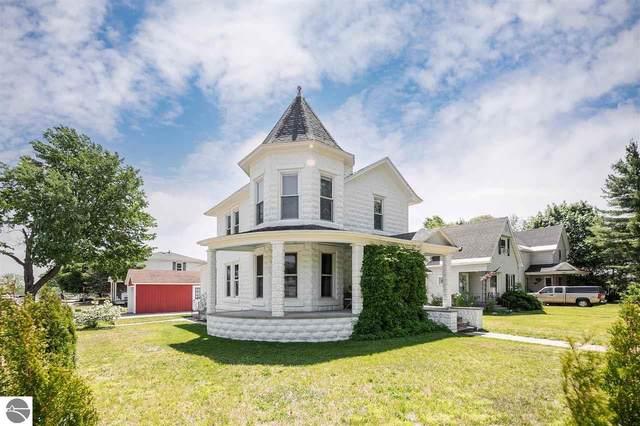 903 Cass Street, Traverse City, MI 49684 (MLS #1888349) :: Boerma Realty, LLC
