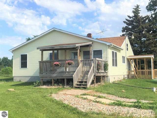 345 E Weidman Road, Mt Pleasant, MI 48858 (MLS #1888376) :: Boerma Realty, LLC