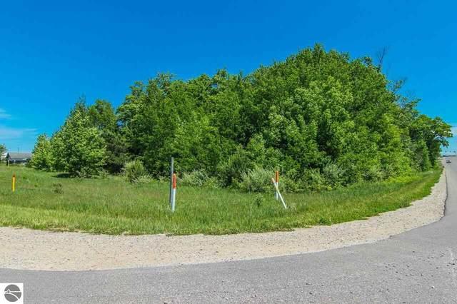 1518 Northern Star Drive, Traverse City, MI 49696 (MLS #1888551) :: Brick & Corbett