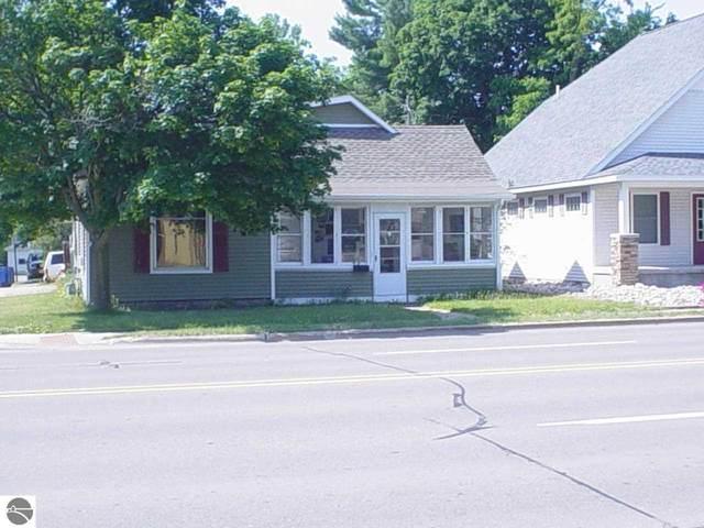 318 E Houghton Avenue, West Branch, MI 48661 (MLS #1888563) :: Team Dakoske | RE/MAX Bayshore