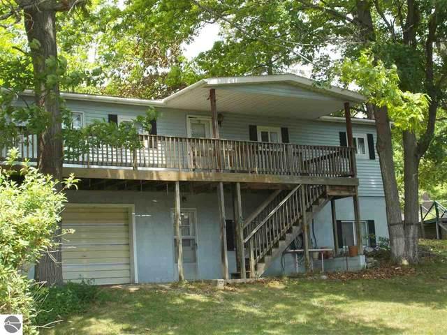 4506 E Sage Lake Road, Hale, MI 48739 (MLS #1888598) :: Brick & Corbett