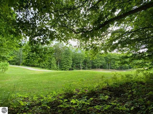 Unit 25 Forest Trail, Bellaire, MI 49615 (MLS #1888610) :: Team Dakoske | RE/MAX Bayshore