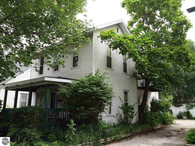 615 S Washington, Mt Pleasant, MI 48858 (MLS #1888708) :: Brick & Corbett