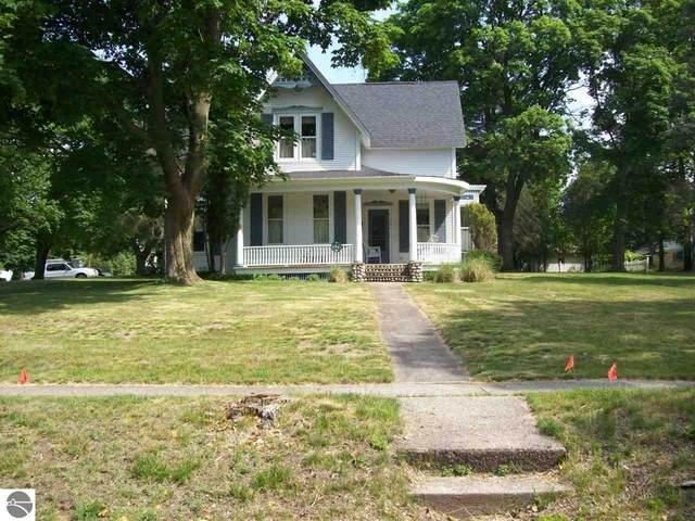 321 Sidney Street, West Branch, MI 48661 (MLS #1888743) :: Brick & Corbett