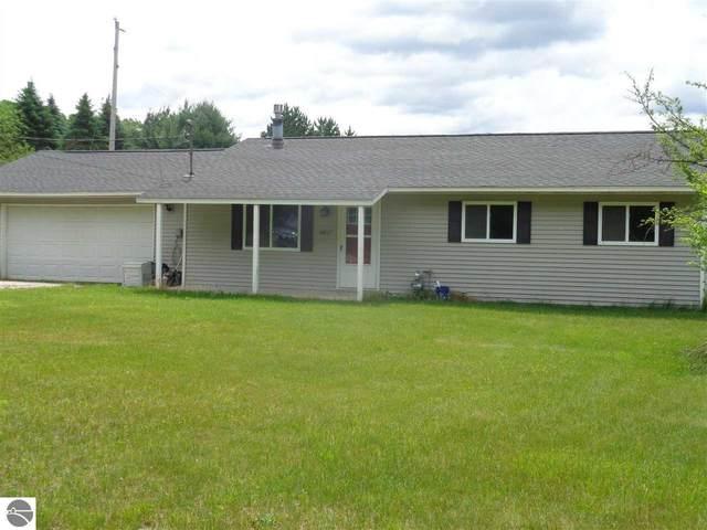 6817 Rhodes, Houghton Lake, MI 48629 (MLS #1888800) :: Brick & Corbett