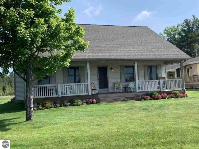 6911 W Redman Drive, Lake City, MI 49651 (MLS #1888801) :: Brick & Corbett