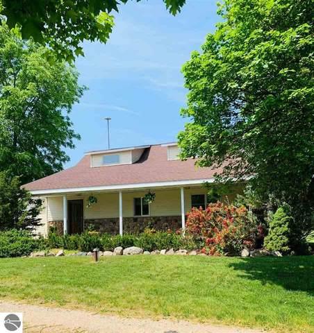 2653 W Pickard Road, Mt Pleasant, MI 48858 (MLS #1888805) :: Boerma Realty, LLC