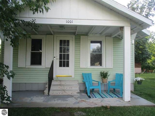 1001 Sanford Avenue, Alma, MI 48801 (MLS #1888811) :: Team Dakoske | RE/MAX Bayshore