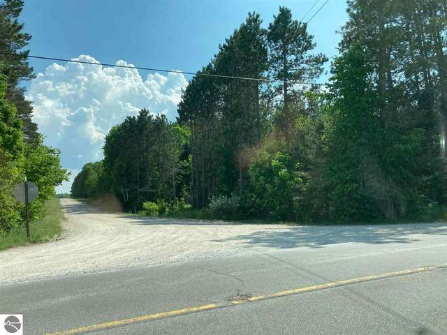 Cedar Run Road, Traverse City, MI 49684 (MLS #1888901) :: Team Dakoske | RE/MAX Bayshore