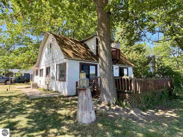 2203 Sunnyside Drive, Cadillac, MI 49601 (MLS #1888905) :: Brick & Corbett