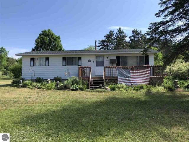 7372 E State Street, Central Lake, MI 49622 (MLS #1888953) :: Brick & Corbett