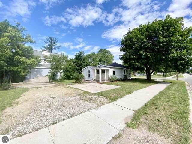 1401 Upton Street, Mt Pleasant, MI 48858 (MLS #1889311) :: Boerma Realty, LLC