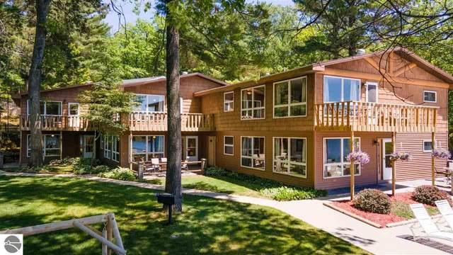 4482 N Spider Lake Road, Traverse City, MI 49696 (MLS #1889317) :: Boerma Realty, LLC