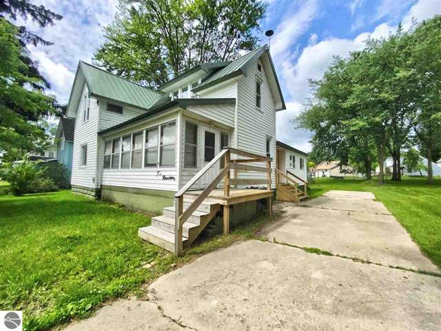 219 Lincoln Avenue, Alma, MI 48801 (MLS #1889669) :: Boerma Realty, LLC