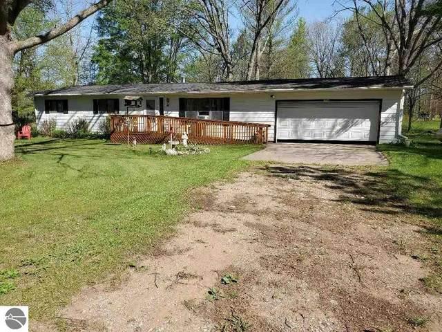 7940 Wild Oaks Drive, Weidman, MI 48893 (MLS #1889761) :: Boerma Realty, LLC