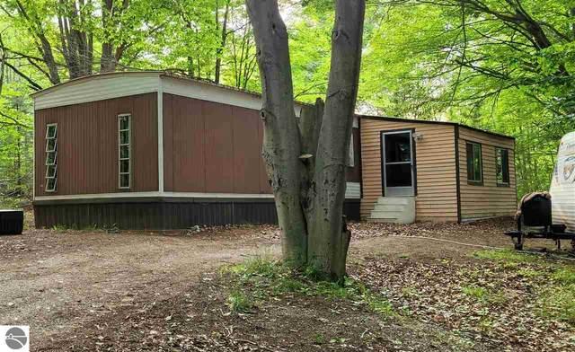 298 Forest Trail, Leroy, MI 49655 (MLS #1889817) :: Brick & Corbett