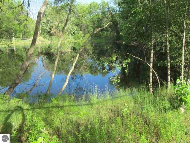 Lot 20 Pond Side Drive, Farwell, MI 48622 (MLS #1889951) :: Boerma Realty, LLC