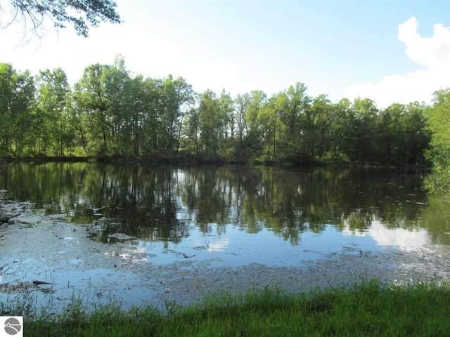 Lot 22 Pond Side Drive, Farwell, MI 48622 (MLS #1889954) :: Boerma Realty, LLC