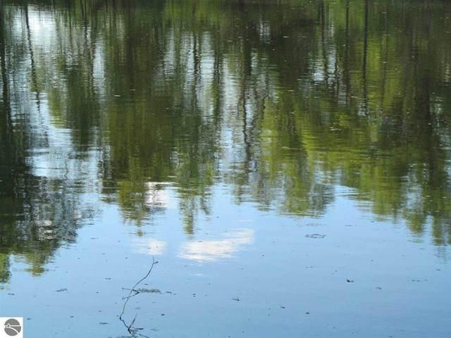 Lot 23 Pond Side Drive, Farwell, MI 48622 (MLS #1889956) :: Boerma Realty, LLC