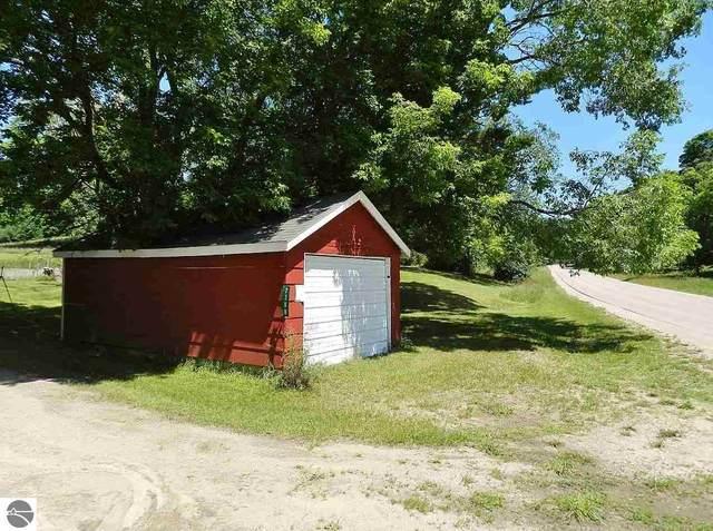 7388 Bunker Hill Road, Central Lake, MI 49622 (MLS #1890092) :: Boerma Realty, LLC