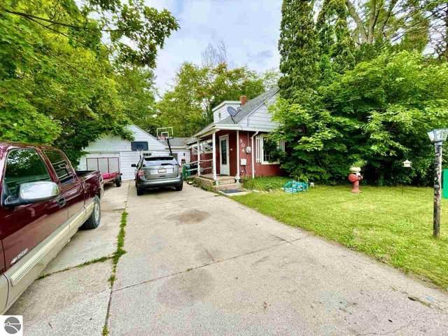 904 Vassar Street, Alma, MI 48801 (MLS #1890292) :: Boerma Realty, LLC
