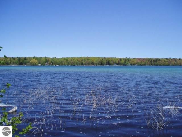 Parcel 3 W Harbor Highway, Maple City, MI 49664 (MLS #1890539) :: CENTURY 21 Northland