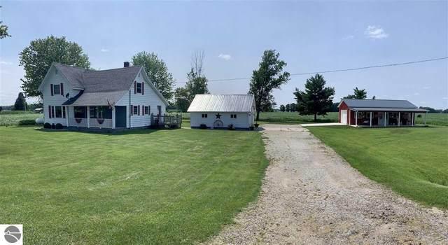31 N Ely Highway, Ithaca, MI 48847 (MLS #1890645) :: Boerma Realty, LLC