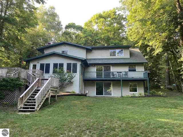 575 Hiawatha Drive, Mt Pleasant, MI 48858 (MLS #1890688) :: Boerma Realty, LLC