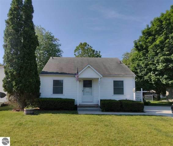 1407 W Broadway, Mt Pleasant, MI 48858 (MLS #1890860) :: Brick & Corbett