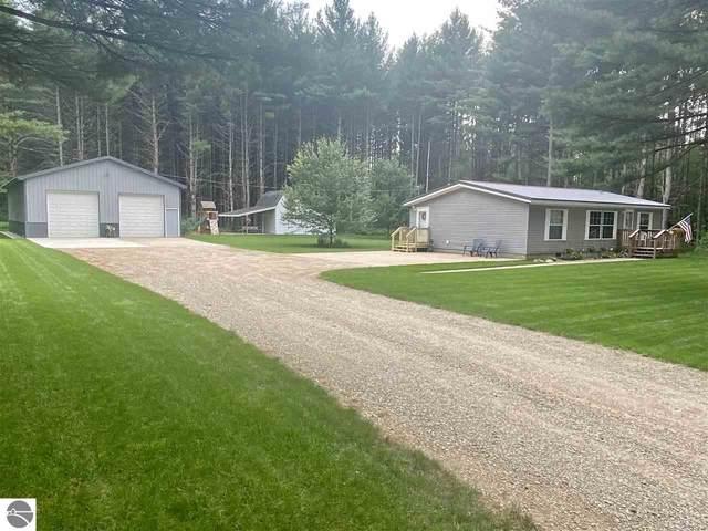 6181 SW Ingersoll Road, Fife Lake, MI 49633 (MLS #1890991) :: Boerma Realty, LLC