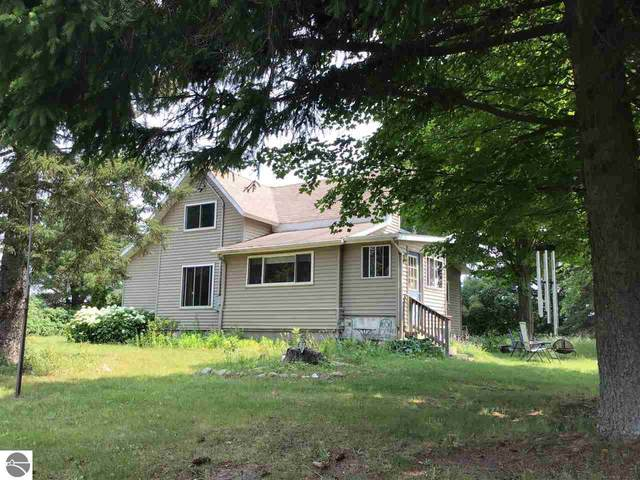 990 High Lake Road, Traverse City, MI 49696 (MLS #1891006) :: Boerma Realty, LLC