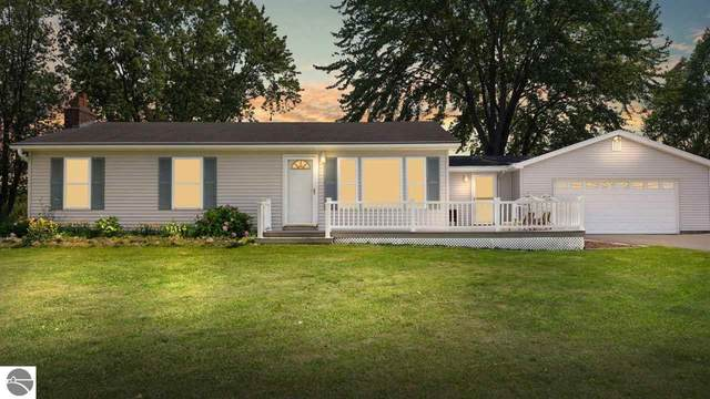 5056 Brackett Road, Williamsburg, MI 49690 (MLS #1891273) :: Brick & Corbett