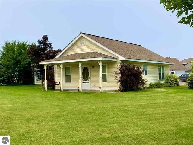1077 Weathervane Place, Traverse City, MI 49696 (MLS #1891279) :: Brick & Corbett