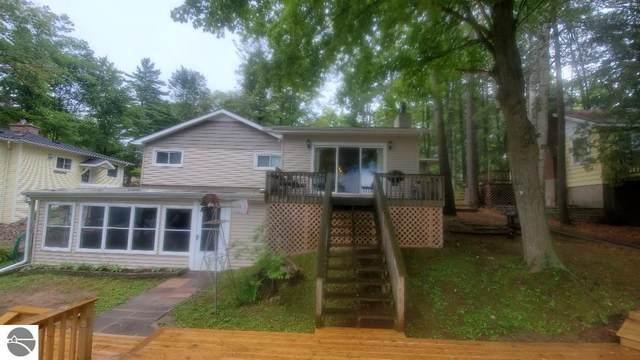 1340 S Lake Drive, West Branch, MI 48661 (MLS #1891526) :: Boerma Realty, LLC